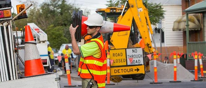 main roads wa traffic controllers handbook