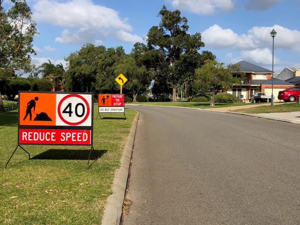 road traffic management signs